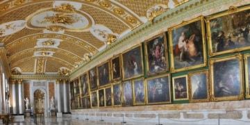 Перевозка картин, музейных экспонатов